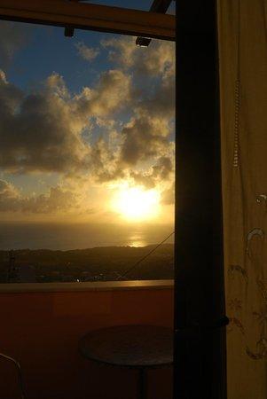 Nectarios Villa: Sol nascente