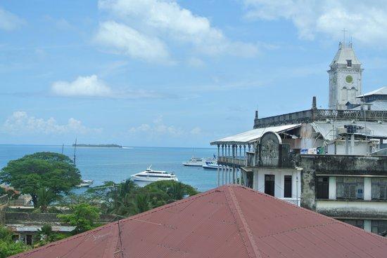 Maru Maru Hotel: terrasse