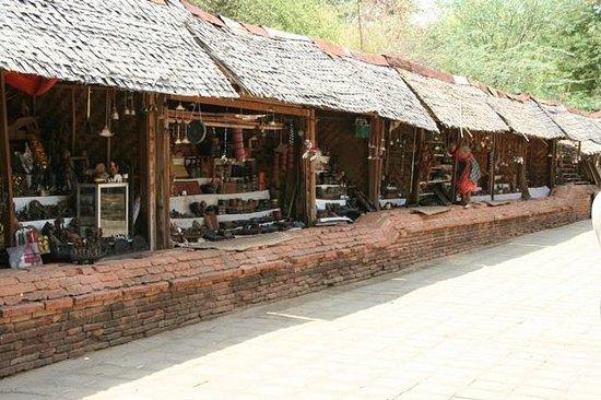 Curio sellers at NanPaya