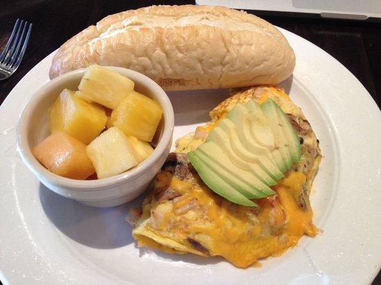 Cafe Epi: California omelette