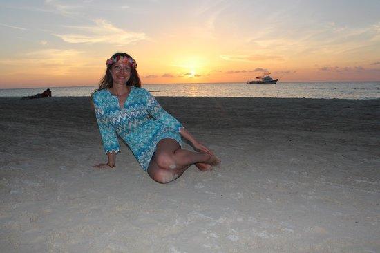 Beaches Negril Resort & Spa: Закат на пляже