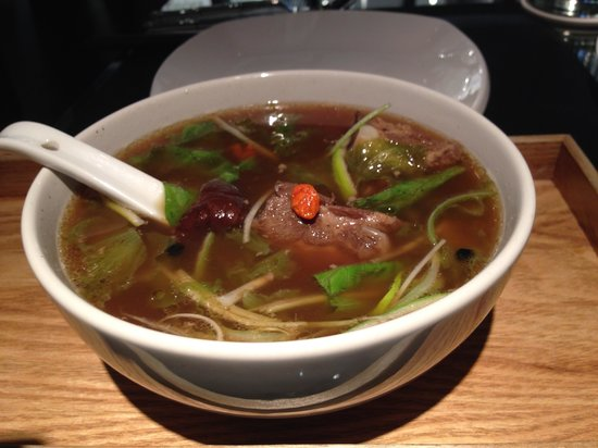 Ying Yang Gastro Bistrot: soup