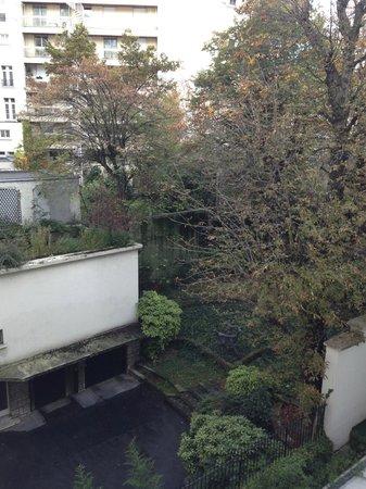 Hotel de Sers: Inner Courtyard