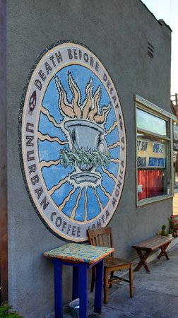 Un-Urban Cafe: Sign outside - death before decaf