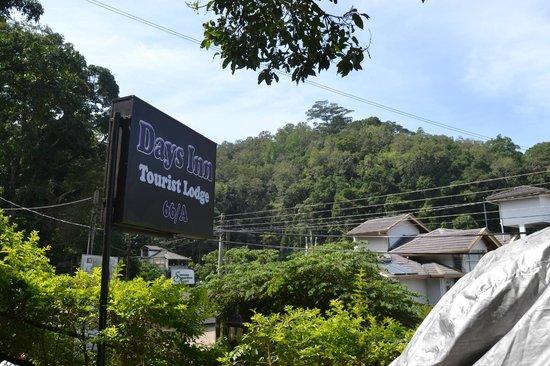 Days Inn-Kandy: Outside view