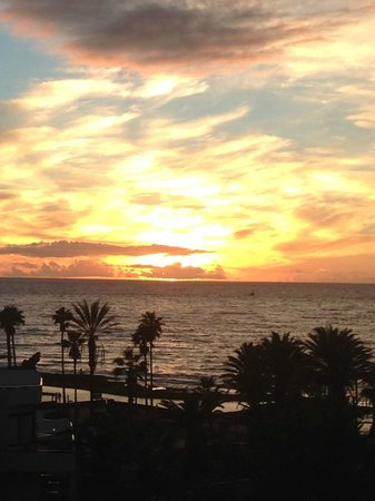 H10 Conquistador : Beautiful sunset from our room
