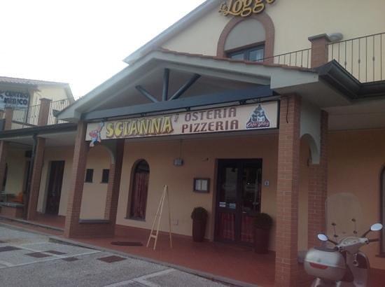 San Giuliano Terme, Italy: Pizzeria osteria Sciannà