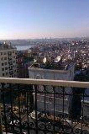 Pera Palace Hotel, Jumeirah: View from balcony