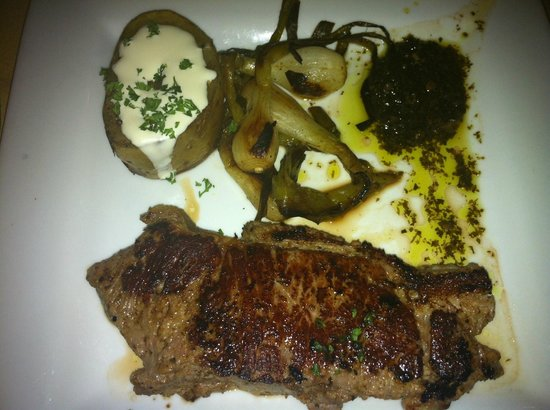 Mahekal Beach Resort : Delicious strip steak dinner (resembles pig - haha)