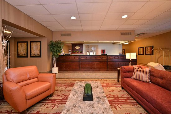 Comfort Inn Plymouth : Hotel Lobby