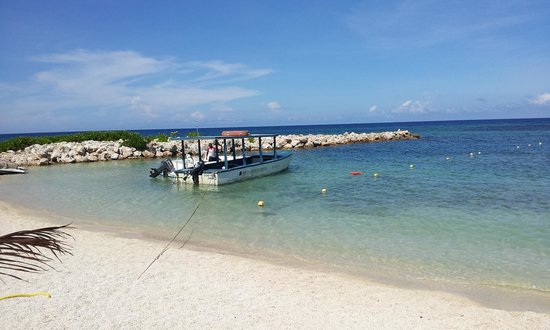 Grand Bahia Principe Jamaica: Beautiful sandy beach