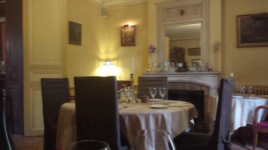Restaurant Chateau de L'Isle : Salon d'hiver où on se sent bien pour un repas romantique