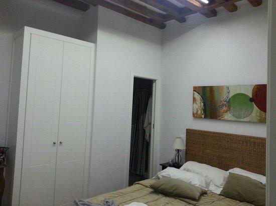 Apartamentos Huertas: Camera