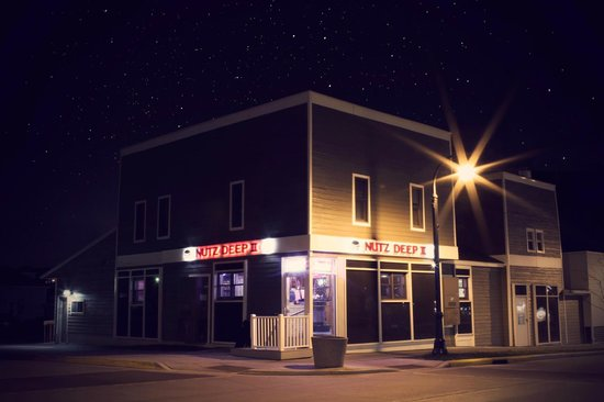 Beautiful Nutz Deep II night photo