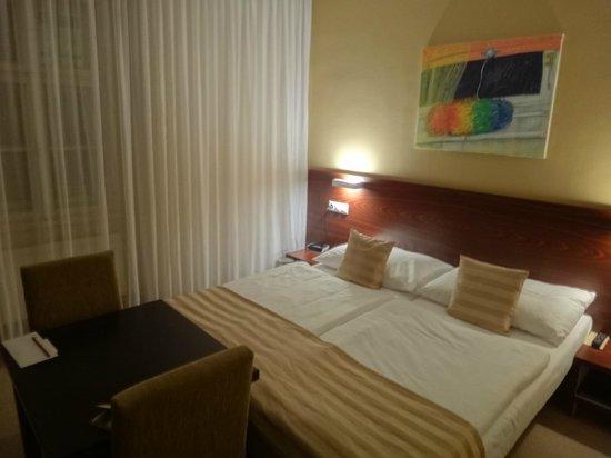 APLEND CITY Hotel Michalska: Bed