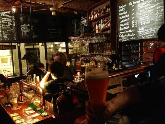 Broodje Bert: Great place to try a local beer