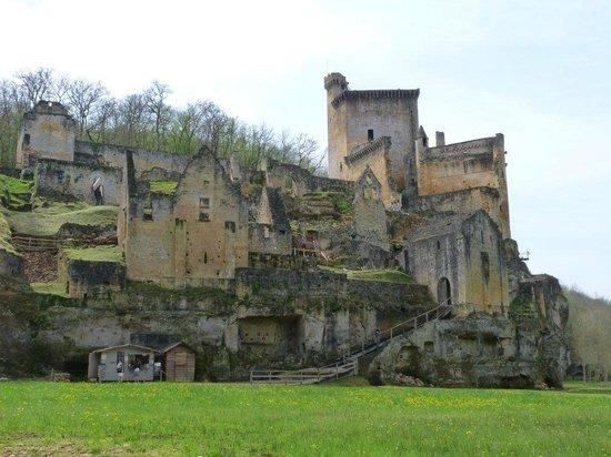 Château de Commarque : site du château et du village médiéval