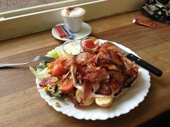 Broodje Bert: Tasted as good as it looks :-)