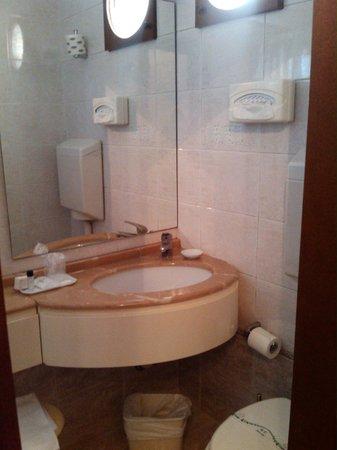 Novo Hotel Rossi: bagno