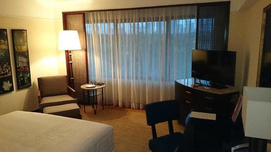 The Peninsula Manila: The room