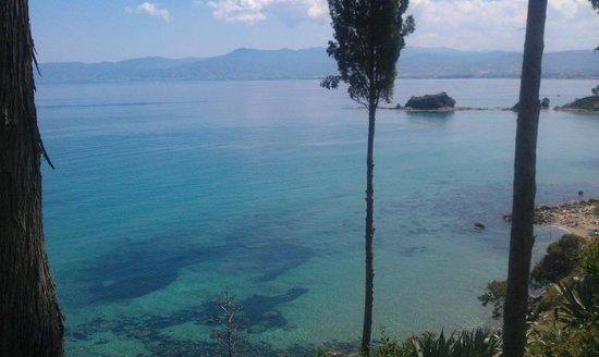 Aphrodite Trail: Вид на море из ресторана рядом с купальней Афродиты