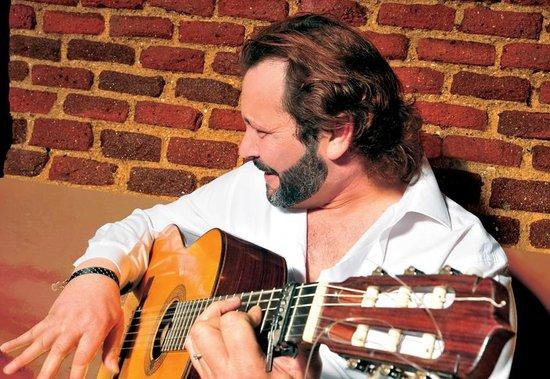 Essential Flamenco: Primeras guitarras