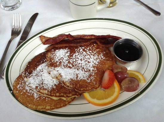 Elysian Cafe : Pancakes & Bacon