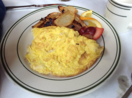 Elysian Cafe: The Cheese Omelet