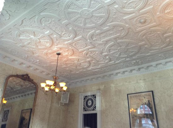 Elysian Cafe : Charm! The Dining Area Ceiling Detail