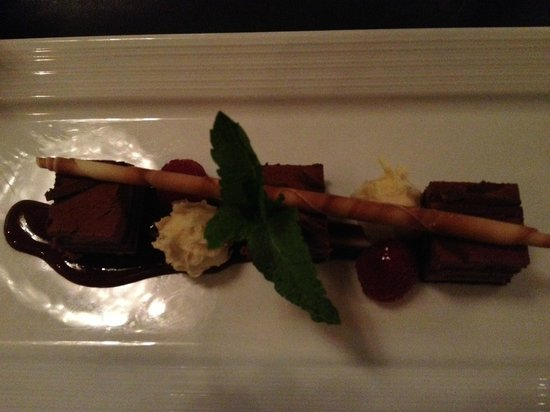 gaZette Restaurant and Lounge in Le Westin Montreal : Chocolate dessert