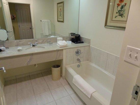 Trianon Old Naples: bathroom