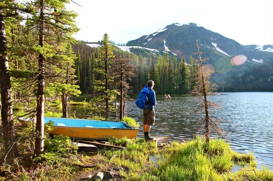 Cathedral Lakes Lodge: Hiking around Quiniscoe Lake