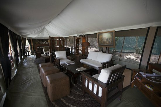 Entim Camp: Lounge tent