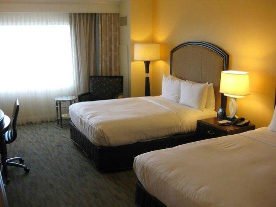 Hilton Orlando Bonnet Creek : Beds in guest room
