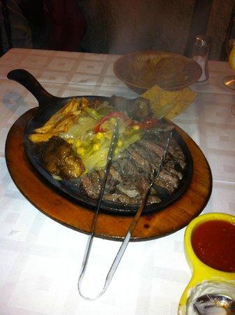 a Todo Mejico: Segundo plato degustación un poco de todo