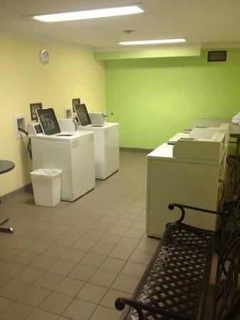BEST WESTERN Fairfax: Laundry Facility