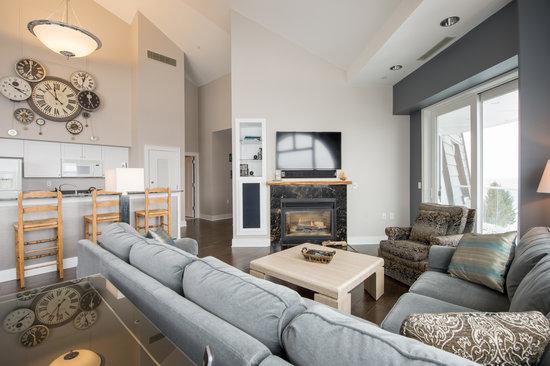 Bay Harbor Village Hotel & Conference Center: Three Bedroom Suite