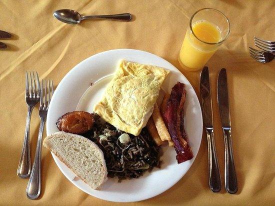 Hotel San Bada : Breakfast
