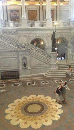 Biblioteca del Congreso: The grand staircase