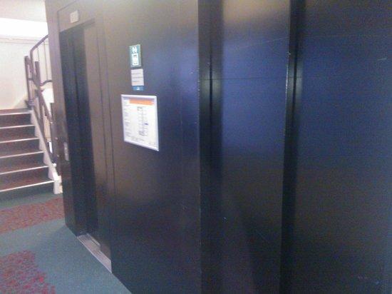 Ibis Amsterdam Centre Stopera : Ascensori