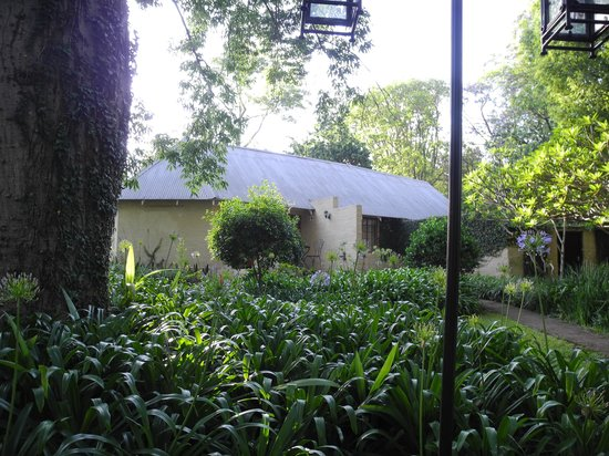 Jatinga Country Lodge: Bungalow