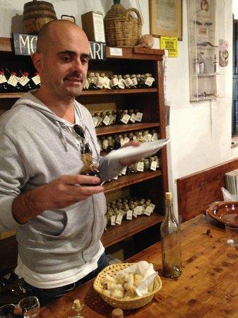 Alessandro Cammilli Private Tours: Balsamic tasting at Frattoria Di Montagliari