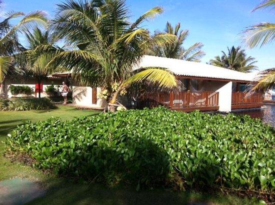 Dom Pedro Laguna: Jardim em frente as Villas