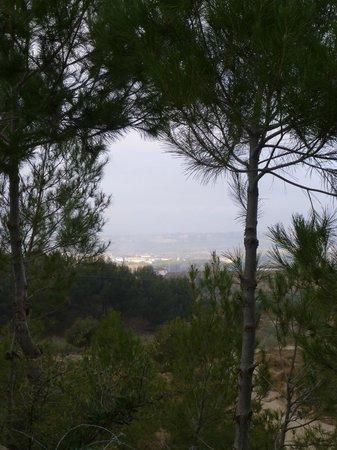 Cuevas de Rolando: View of the town below
