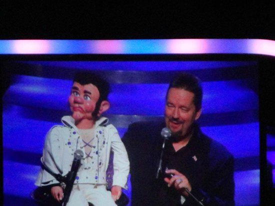 Terry Fator - The Voice of Entertainment: Elvis was so funny!!