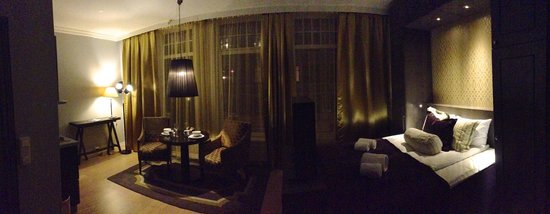 Frogner House Apartments: Pano view of room
