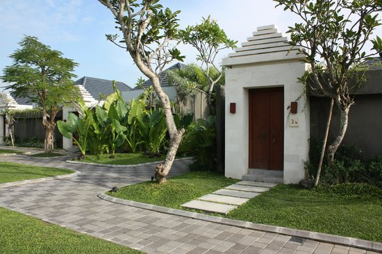 The Wolas Villas & Spa : Entrance to villa.