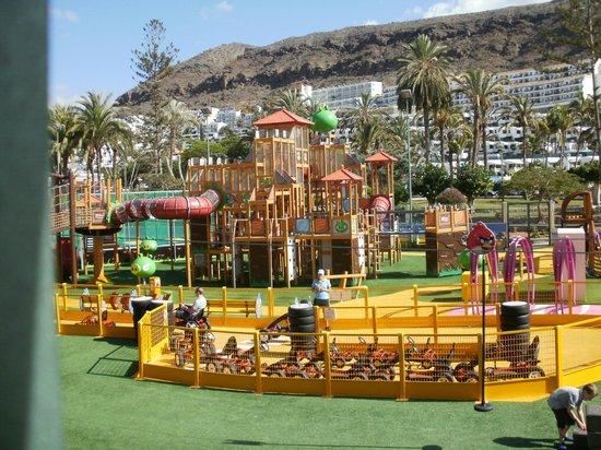 Hotel Servatur Terrazamar Suite & Sun Suite : Local Amusement Park