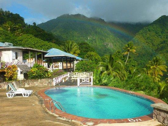La Haut Resort : Rainbow over restaurant and upper pool