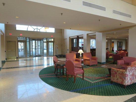Courtyard Nashua: Lobby
